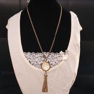 Lucky Brand cream necklace